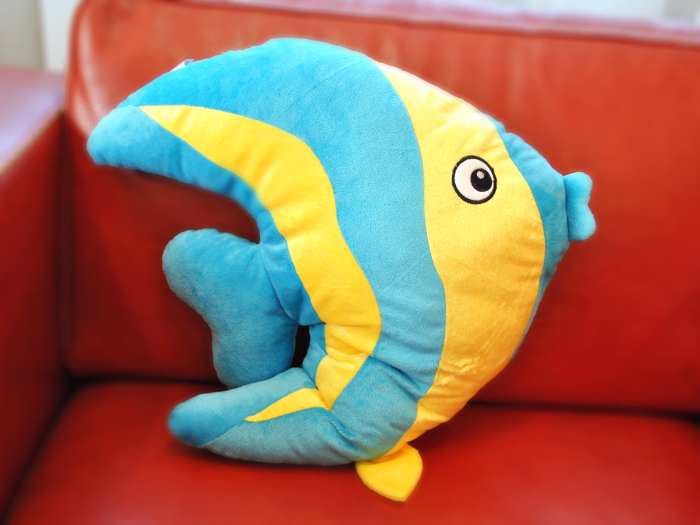 Как сшить подушку-рыбу 26